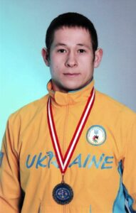 Пустовіт Віктор,  МСМК з футболу, срібний призер ХХІІ, ХХІІІ Дефлімпійських ігор